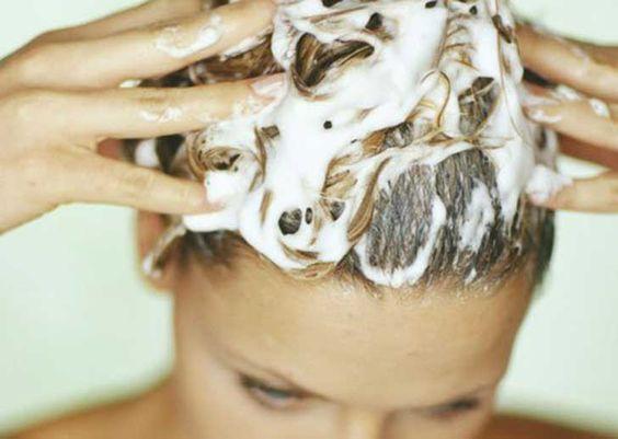Shampoo translúcido