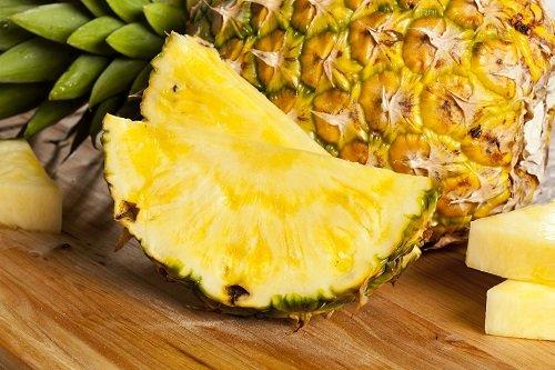 O abacaxi ajuda a ganhar massa muscular