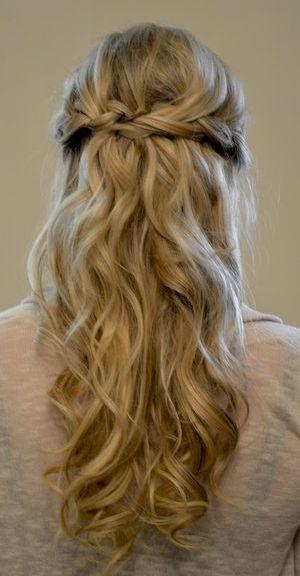 cabelo longo meio preso para formaturas