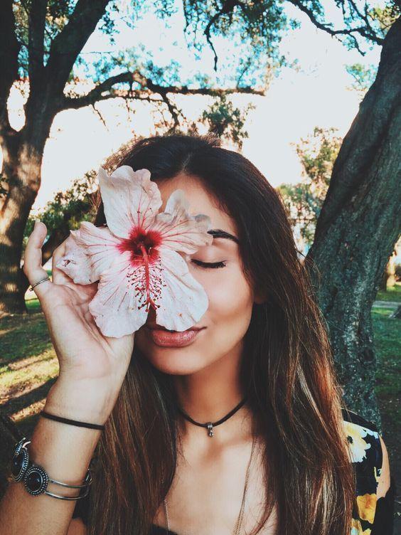 tirar fotos estilo tumblr com flores