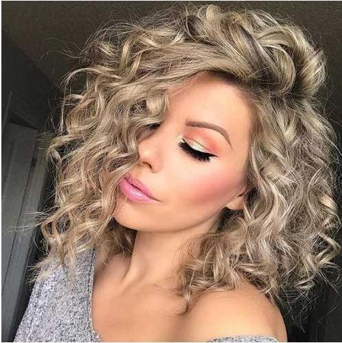 cabelo platinado cacheado como cuidar