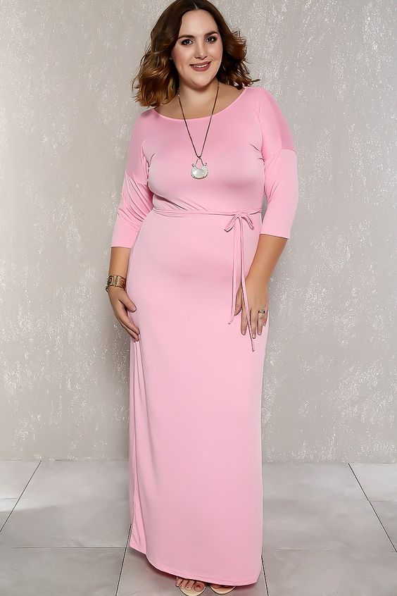 c93fb37db Lembre-se que deve valorizar seu estilo adquirindo vestidos plus size que  valorizem seu corpo, sendo que, os melhores para as gordinhas são, ...